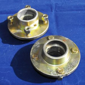 1 PAIR H10 Trailer Hubs, 4″ PCD Cast steel, tapered